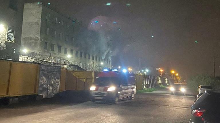 Фоторепортаж: горит колпинская колония с неисправной пожарной сигнализацией