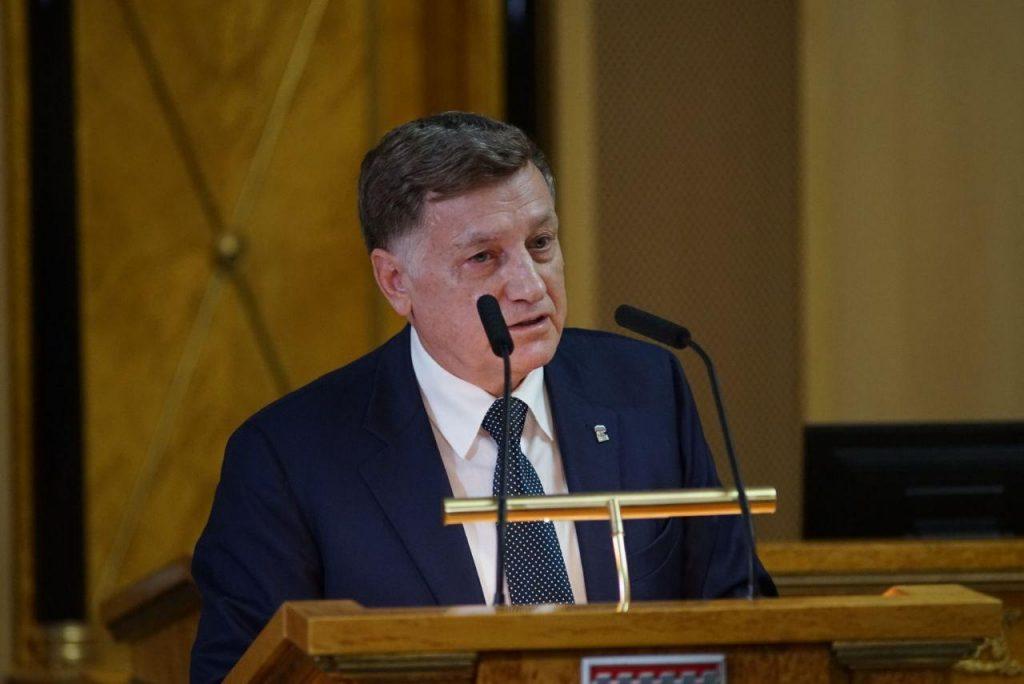 Макаров открыл в Петербурге мемориал в честь знаменитого хирурга Гранова