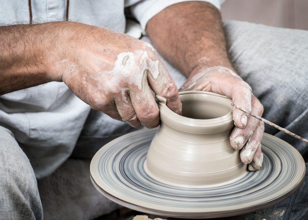В Петербурге открывается выставка традиционной японской керамики