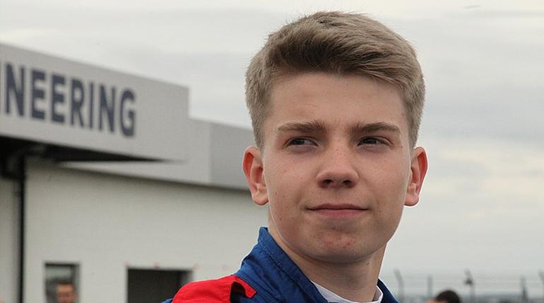Пилот Шварцман через год может дебютировать в «Формуле-1»
