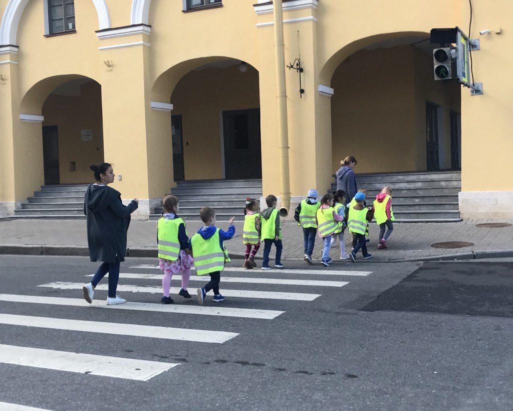 ОНФ назвал самые опасные для школьников дороги Петербурга