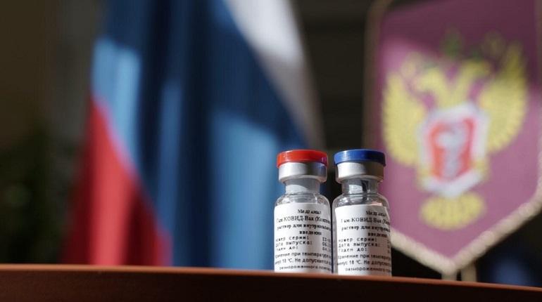 Первую партию вакцины от COVID-19 направили в регионы России
