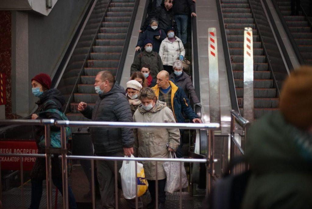 Смольный утвердил цены на проездные билеты в 2021 году