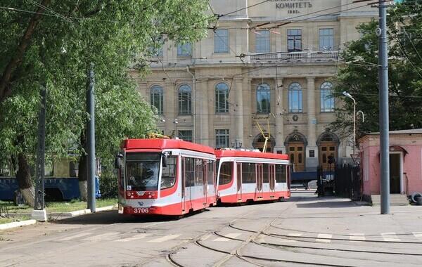 Трамваи и троллейбусы оформят к Евро-2020 за 7,7 млн рублей