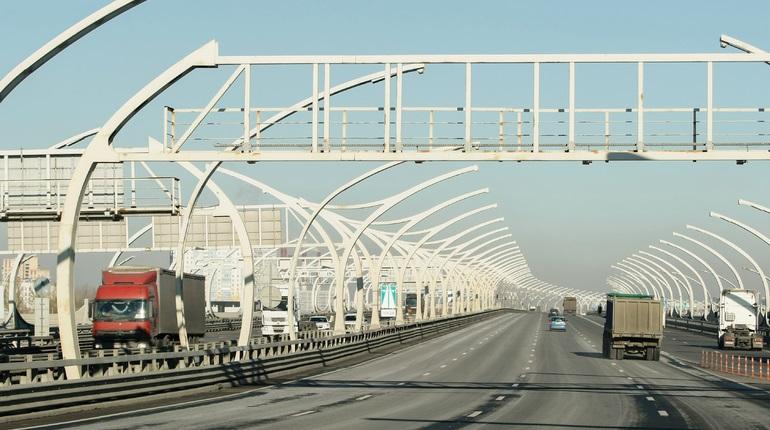 Съезд на развязке КАД с Приморским шоссе перекроют до 20 ноября
