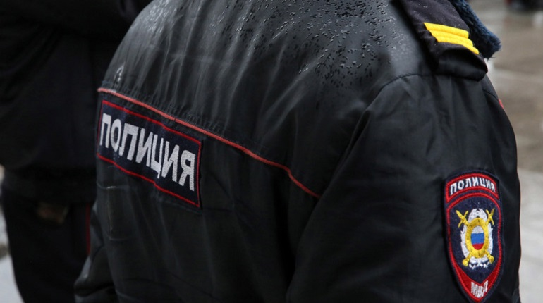 У АЗС «Лигово» нашли труп без кожи на лице и пальцев