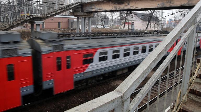 Поезда в Петербург из Челябинска временно отменят из-за коронавируса