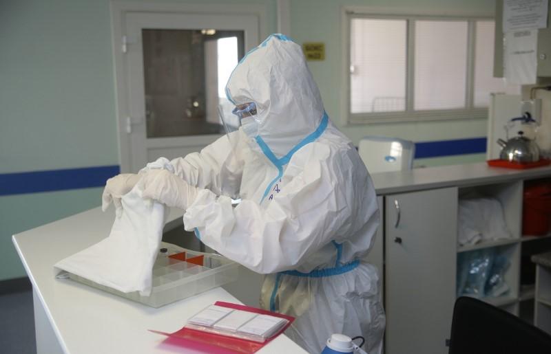 Вспышка коронавируса произошла на борту Британского авианосца Queen Elizabeth