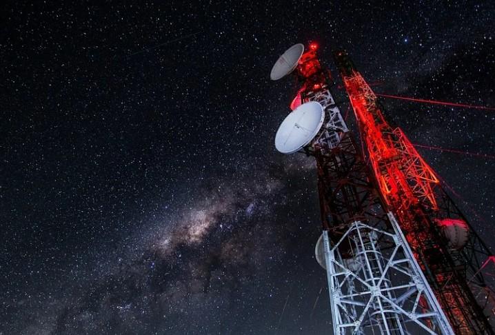 Nokia намерена создать сеть 4G на Луне