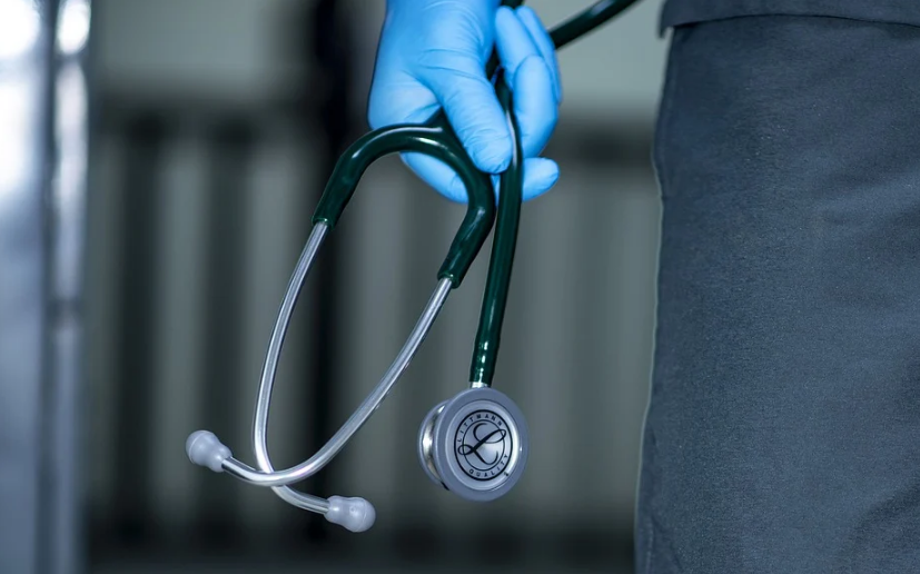 За сутки от новой коронавирусной инфекции в России скончалось 346 человек