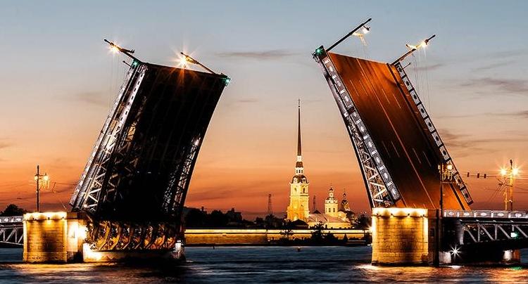В ночь на 1 апреля в Петербурге разведут Володарский, Биржевой и Гренадерский мосты