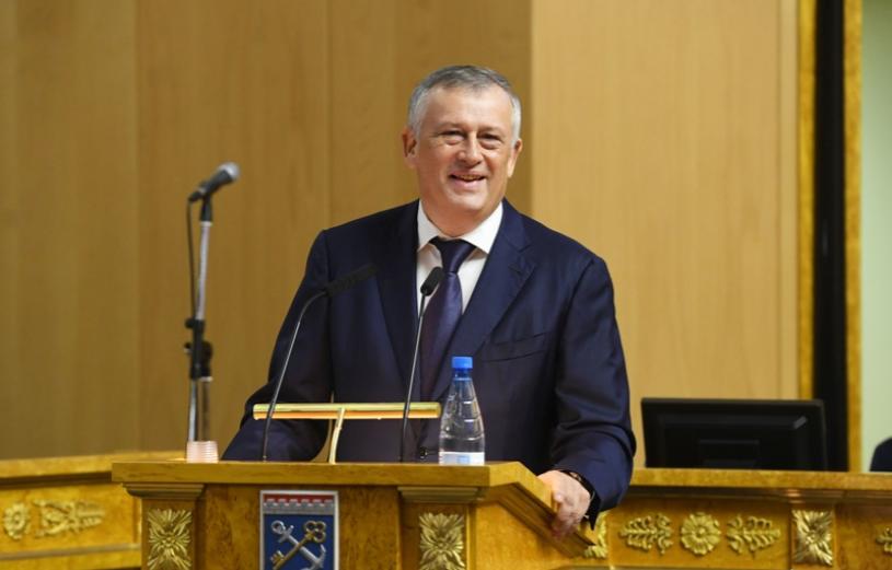 Обращения к чиновникам Ленобласти в соцсетях будут «разгребать» за госсчёт
