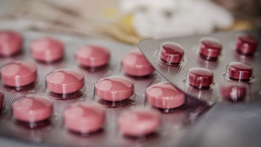 В ЗакСе Петербурга рассмотрят законопроект о бесплатных лекарствах