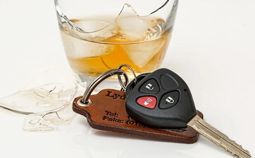 Пьяный водитель протаранил восемь автомобилей в Купчино