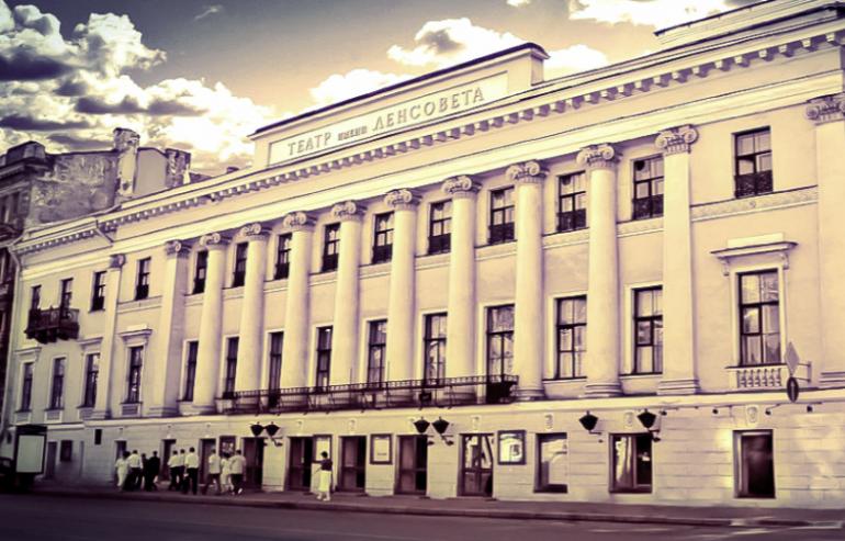 Болтин: артисты старше 65 лет могут участвовать в спектаклях