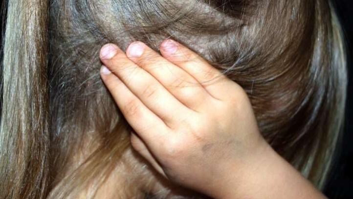 В Петербурге школьницу избил неизвестный мужчина