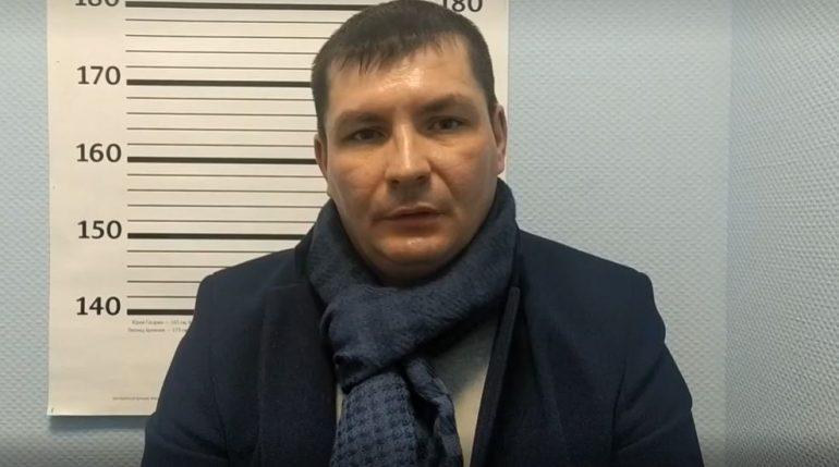 Бомж обманом получил деньги от служителя Петербургской епархии за доставку пожертвования