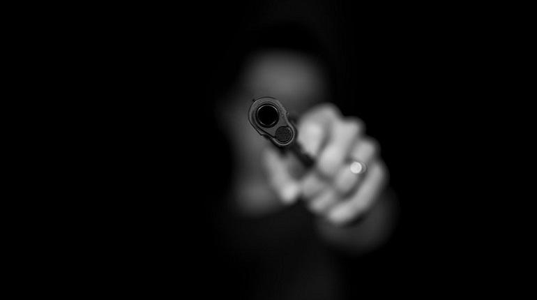 Житель Тосно поссле ссоры с женой открыл стрельбу на улице