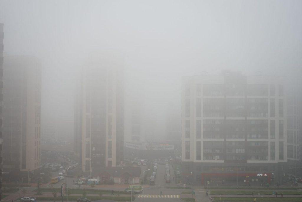 МЧС предупредило о надвигающемся на Петербург тумане
