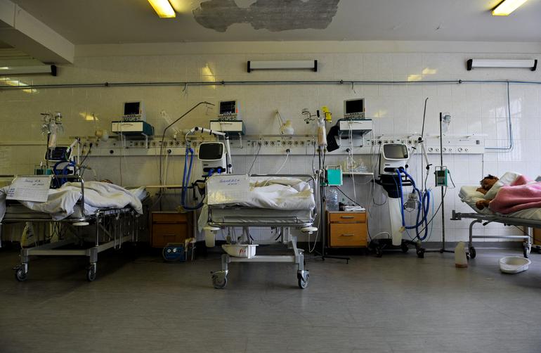 Роспотребнадзор напомнил о сложном лечении пациентов с дельта-штаммом