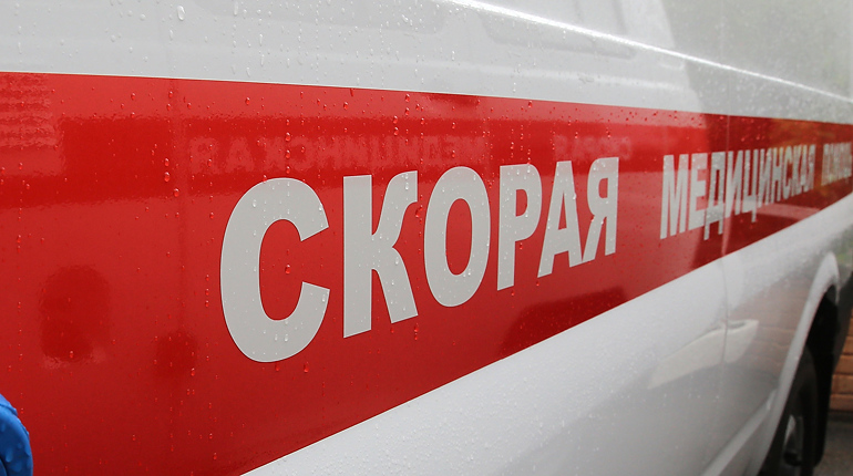 В ДТП на набережной Обводного канала пострадали три человека