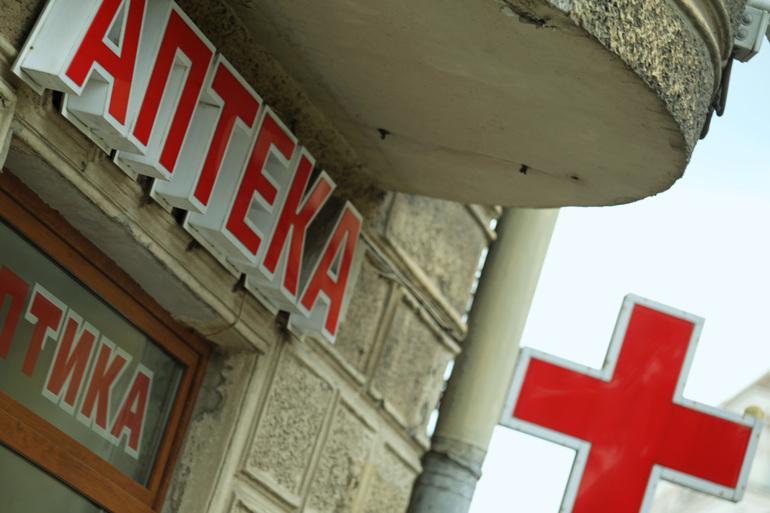 Из аптек Петербурга пропадают антибиотики для лечения коронавируса