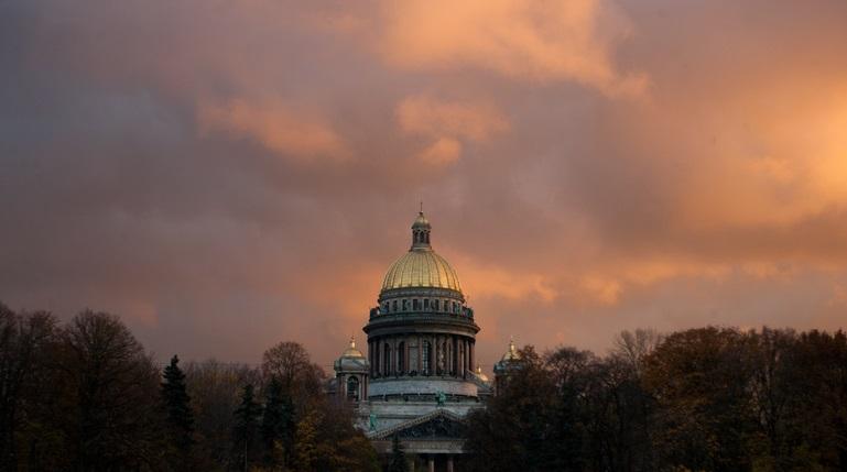 Пятница порадует петербуржцев солнцем