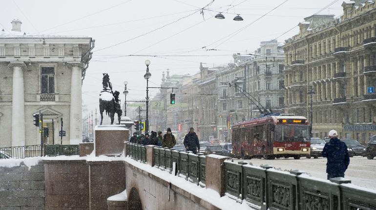 Петербуржцев в субботу ждут снег и -5, 25 лет назад в этот день было -15