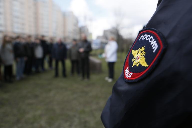Зорро помог разыскать двух мигрантов-грабителей в Петербурге