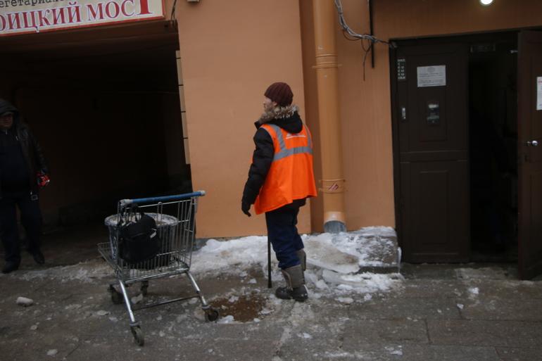 Комблаг объяснился за пробки: на борьбу со снегом выехали 578 машин
