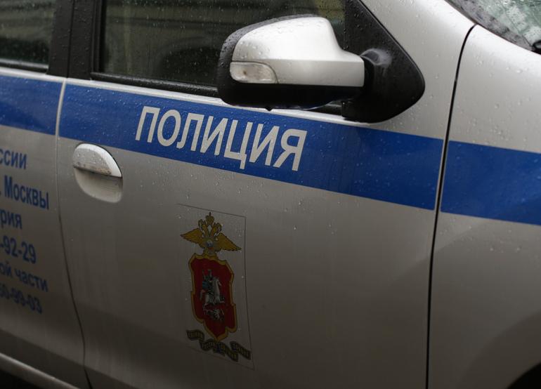 Очевидцы рассказали об угрозах петербуржца убить детей и требованиях силовикам