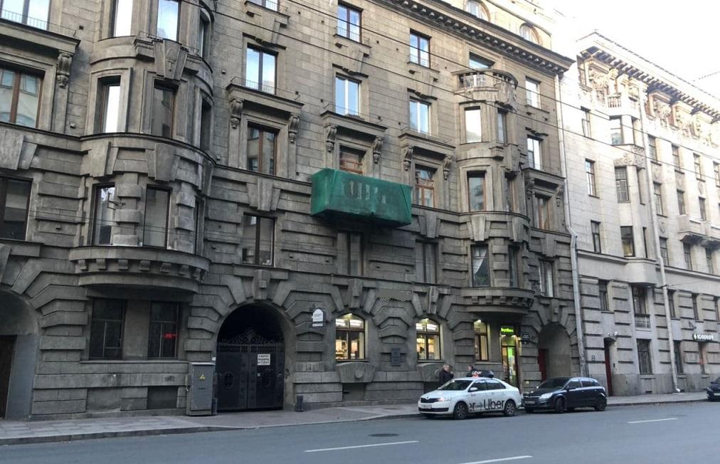 Балконы в Петербурге могут вывести из программы капремонта: они её не дожидаются и падают