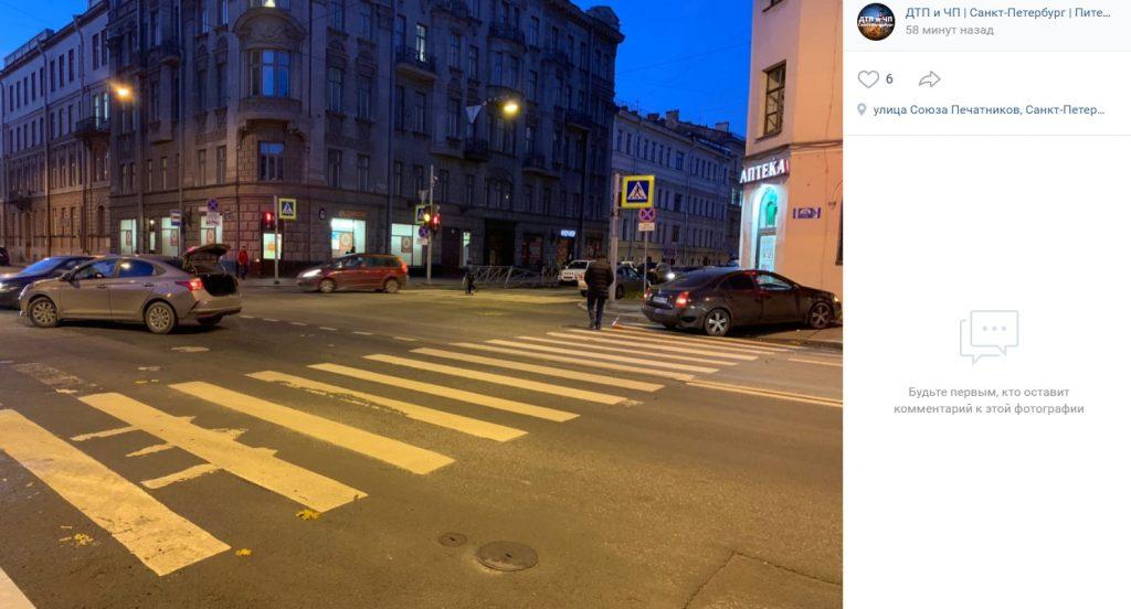 «День жестянщика» начали «отмечать» в Петербурге с самого утра