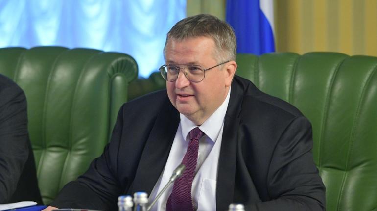 Вице-премьер Оверчук попал в ДТП в Москве