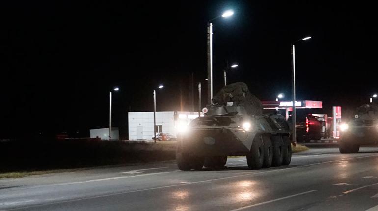 Вооруженного водителя поймали ночью на Васильевском