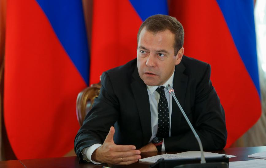 Медведев обеспокоен, что его заблокируют в соцсетях