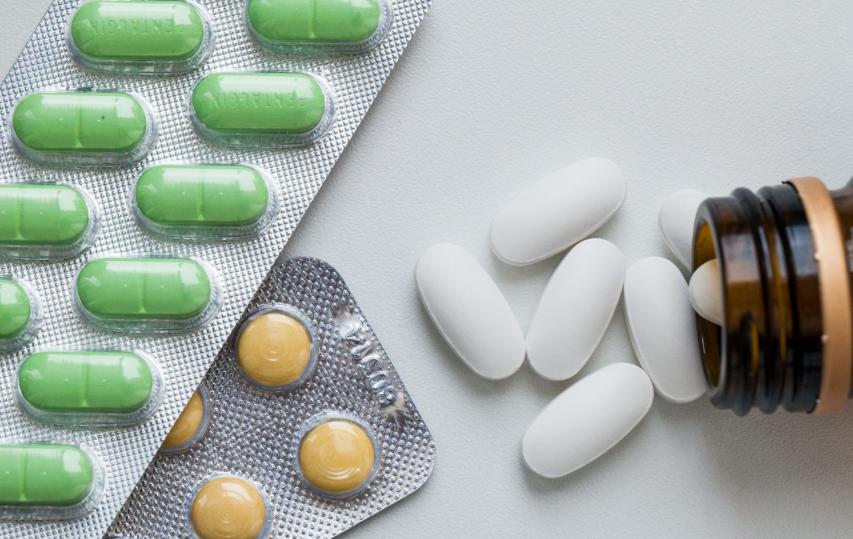 В петербургских аптеках недосчитались нескольких препаратов от COVID-19