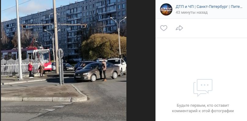 ДТП на проспекте Энгельса остановило движение трамваев в обе стороны