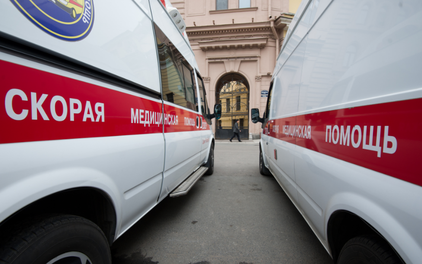 50% свободных коек помогут снять коронавирусные ограничения в Петербурге