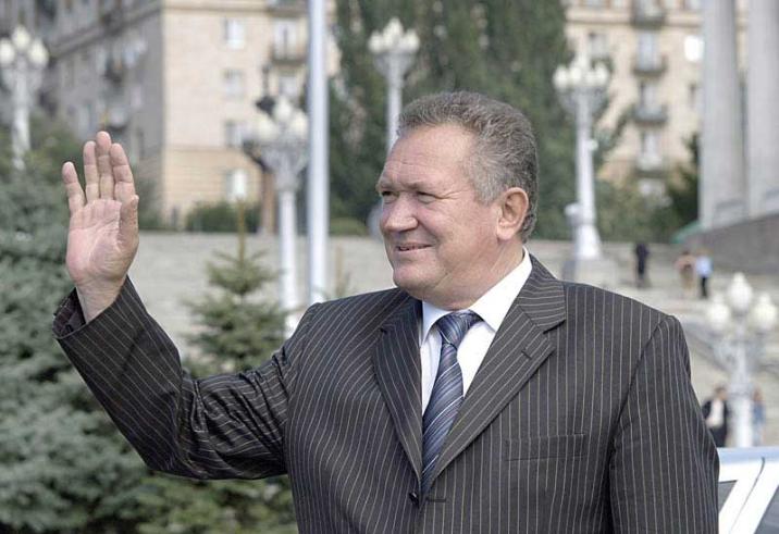Экс-губернатор Волгоградской области Максюта умер от коронавируса