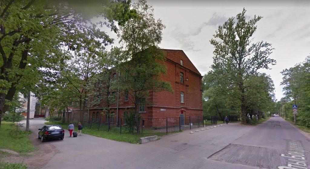 В Петергофе отреставрируют школу искусств на Юты Бондаровской