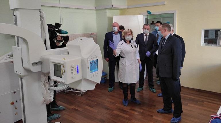 Беглов: поликлиники Петербурга работают в обычном режиме