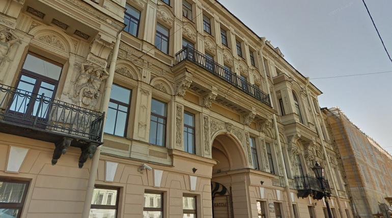 Здание бывших железнодорожных касс в центре Петербурга превратят в гостиницу