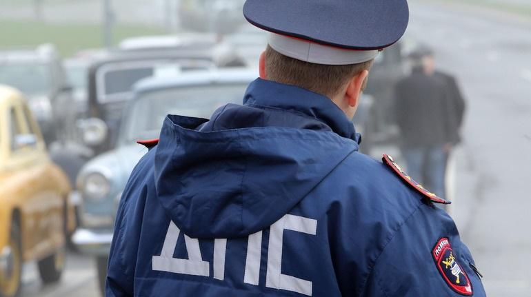 Водитель KIA погиб после лобового столкновения с Volvo на трассе Петербург — Псков
