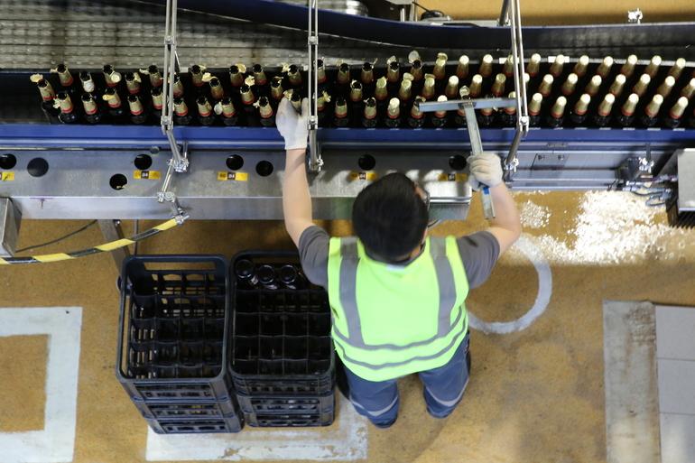 Немецким пивоварам пришлось уничтожить миллионы литров продукции из-за коронавируса