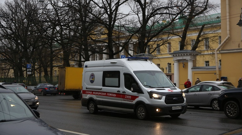 В Мариинской больнице охарактеризовали нефролога, обвиняемого в убийстве жены