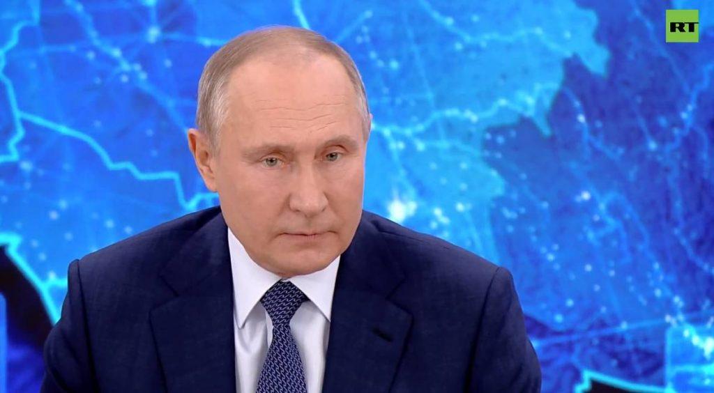 Около 20 млн россиян живут за чертой бедности