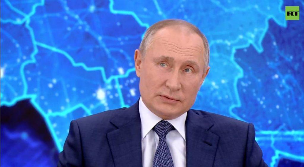 Путин порассуждал о мусорной реформе в России