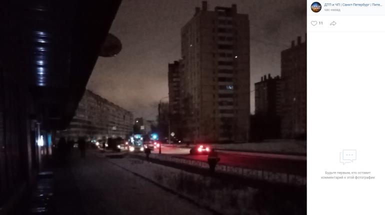 В Красносельском районе половине потребителей вернули свет