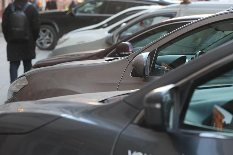 Россияне смогут купить машины с пробегом через «Госуслуги»